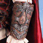 ASSASSIN'S CREED Ezio Vambrace Prop Replica (Museum Replicas)
