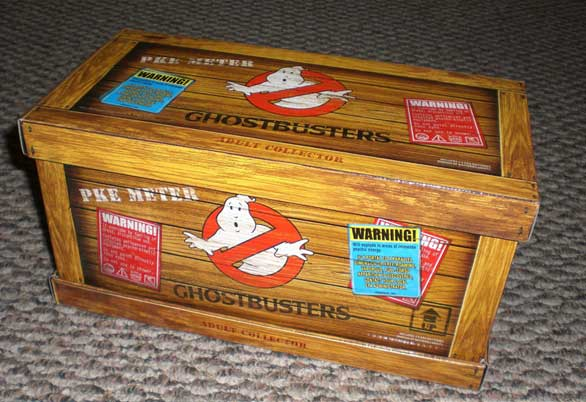 ghostbuster-pke-prop-replica-crate