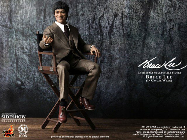 BRUCE LEE 70s Suit Version Sixth Scale Figure (Hot Toys)