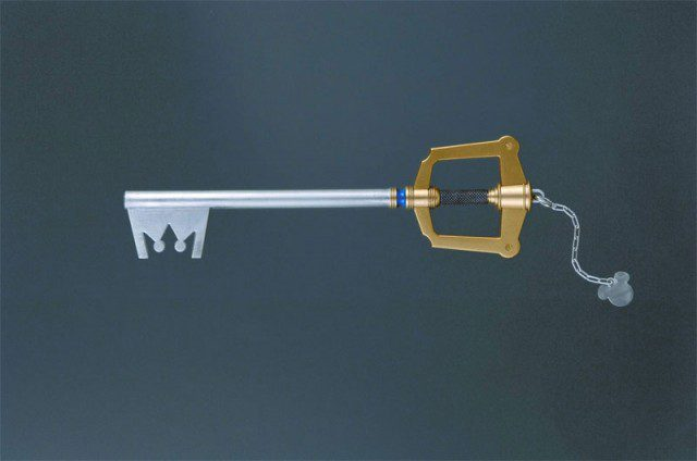 KINGDOM HEARTS Master Arms Soras Keyblade by Square-Enix