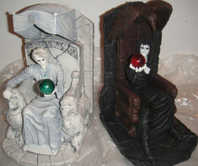 Limited-Edition-THE-SANDMAN-BookEnd-Set