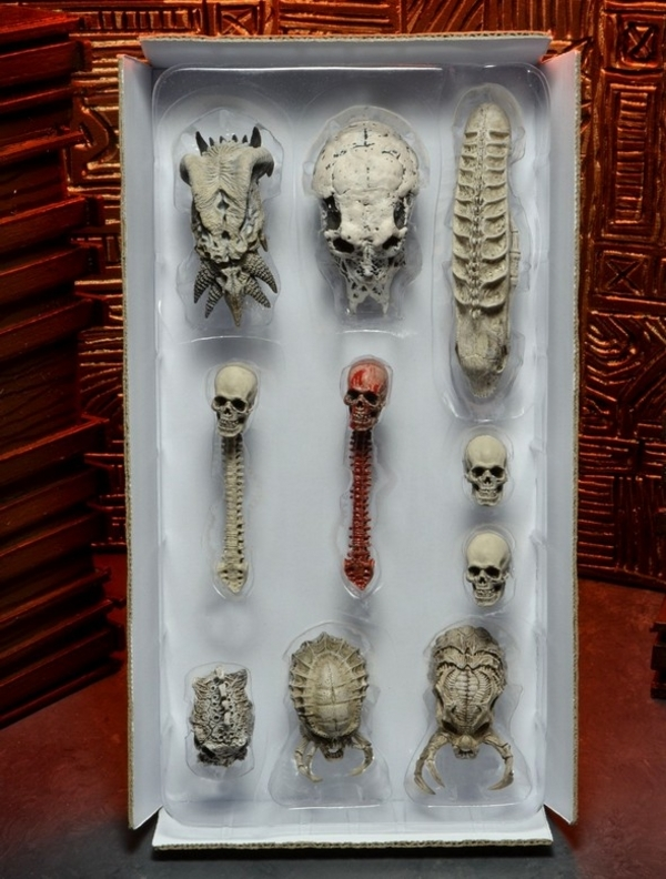 NECA Predator Trophy Skulls Pack