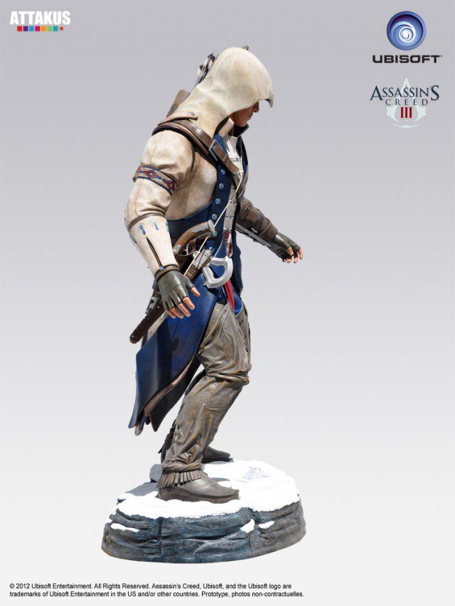 ASSASSINS CREED 3 Life Size Statue Attakus (3)