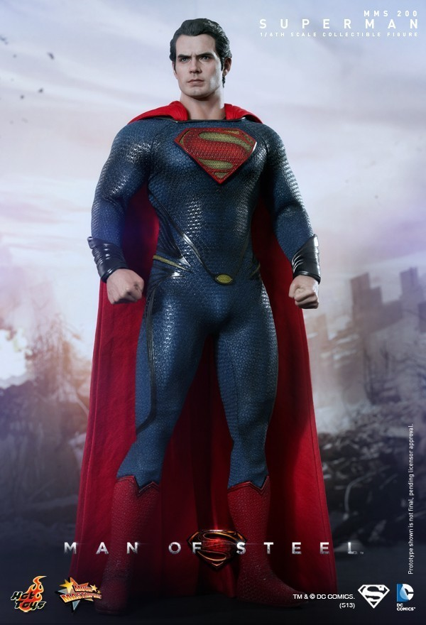 Hot Toys MAN OF STEEL Superman Sixth Scale Figure